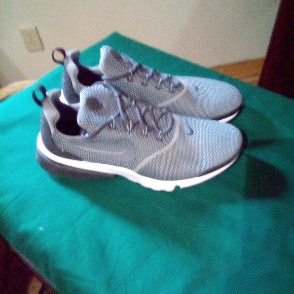 Nike Shoes | Mens Nike Athletic Shoes